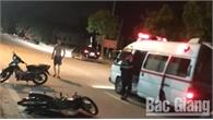 Bắc Giang: Xe máy đâm vào dải phân cách, một thanh niên tử vong