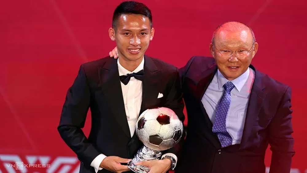 Hanoi FC midfielder, Do Hung Dung, 2019 Vietnam Golden Ball award, significant role,  V.League trophy, women's category, futsal