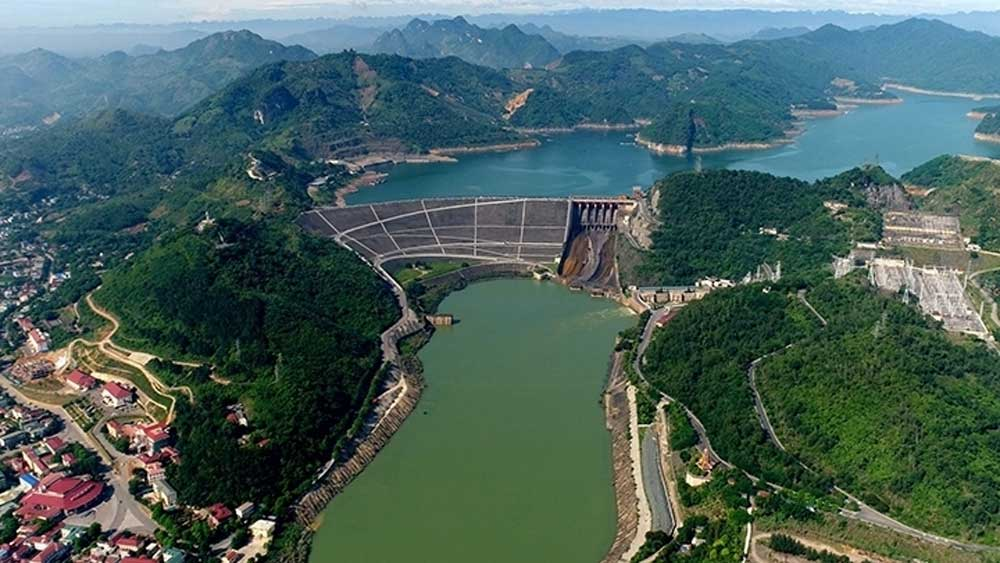 Expansion, Hoa Binh Hydropower plant, commence in October 2020, largest power project, total investment,  commercial loans, national electricity system
