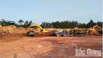 Khai thác đất san lấp mặt bằng ở Bắc Giang: Khi cầu lớn hơn cung