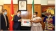 Vietnam presents gift to South Africa to fight Covid-19