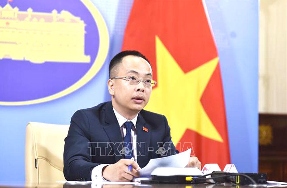 Việt Nam, phản đối hành vi, Hoàng Sa, Trường Sa, luật pháp quốc tế