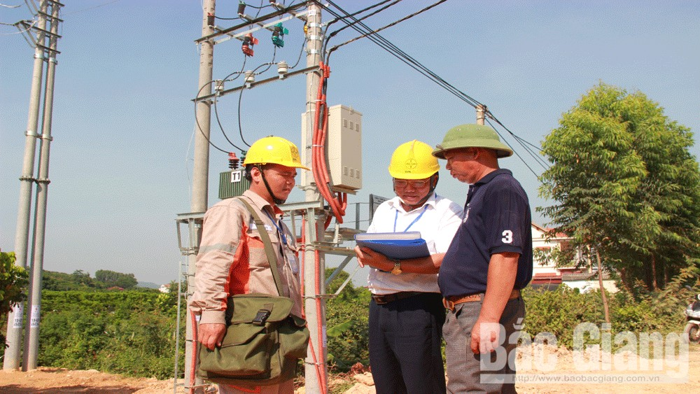 Bắc Giang, bất cẩn, kéo cáp quang, gây mất điện, diện rộng