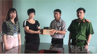 Bắc Giang: Một phụ nữ trả 52,9 triệu đồng cho người đánh rơi