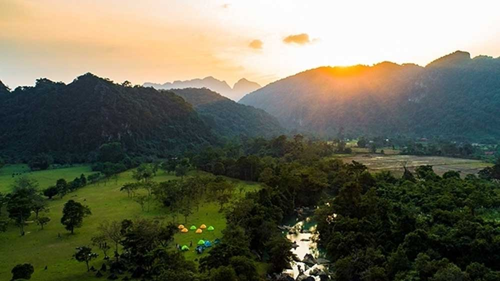 Quang Binh cooperates with Hanoi, Da Nang to stimulate domestic tourism