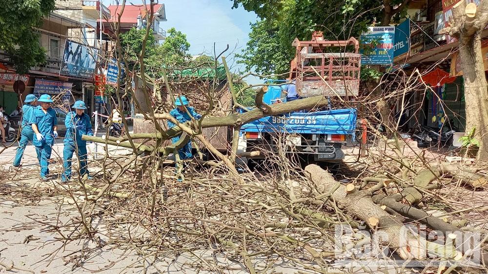 Yên Dũng: Ra quân giải tỏa hành lang an toàn giao thông