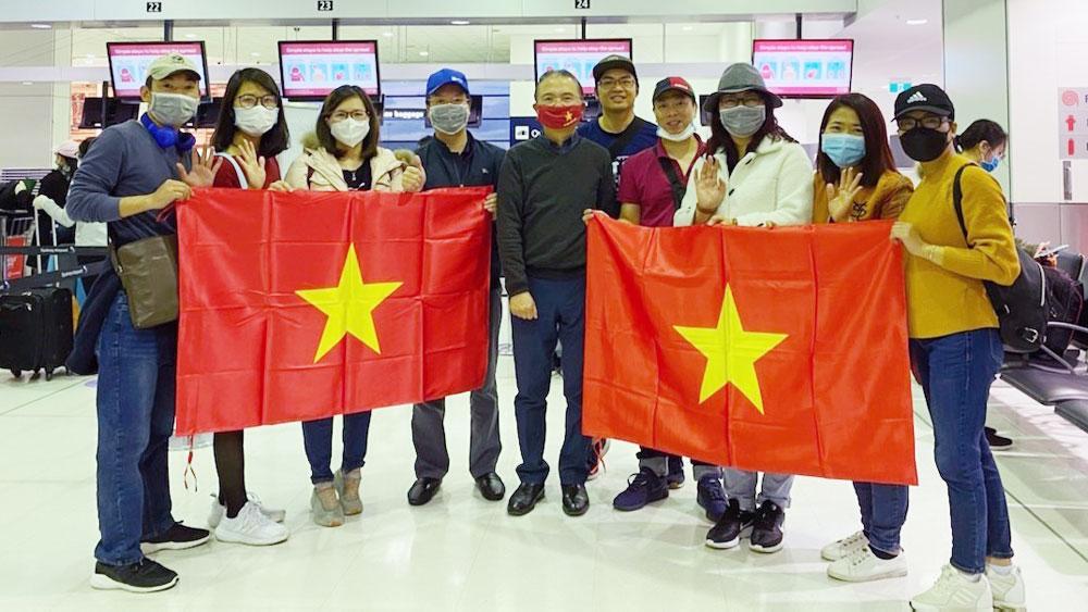 Vietnamese citizens, brought home, Australia and New Zealand, local quarantine capacity, pandemic's developments