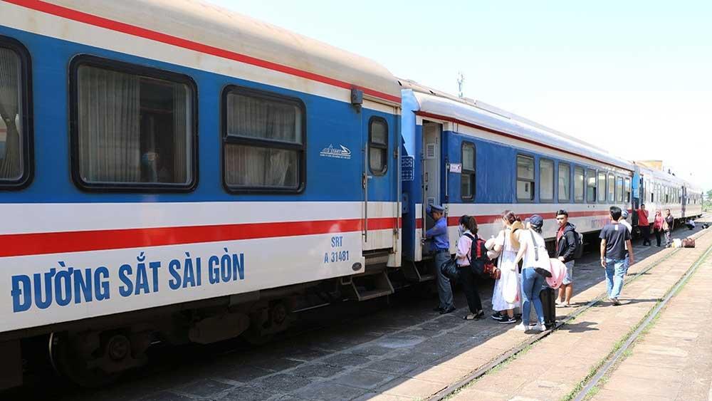 Railway, offers discounts, various discounts, passenger's rail fares, transport distance,  bed-sleeper tickets, travel companies