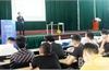 Hơn 500 sinh viên Trường Cao đẳng nghề Công nghệ Việt - Hàn được tư vấn giới thiệu việc làm
