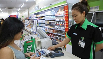 Bac Giang enhances non-cash payment solutions