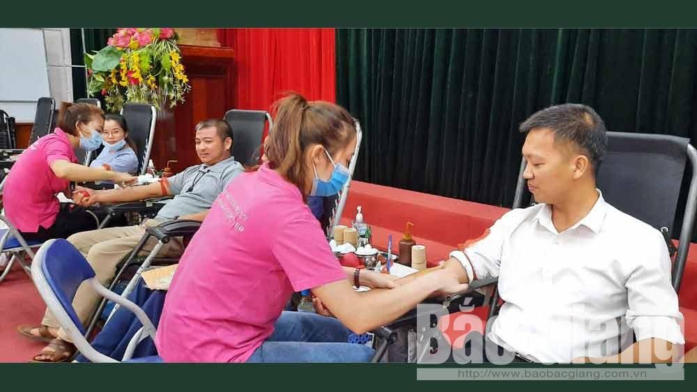 Lục Ngạn: Tiếp nhận hơn 1 nghìn đơn vị máu