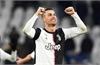 Ronaldo là cầu thủ đầu tiên kiếm một tỷ USD