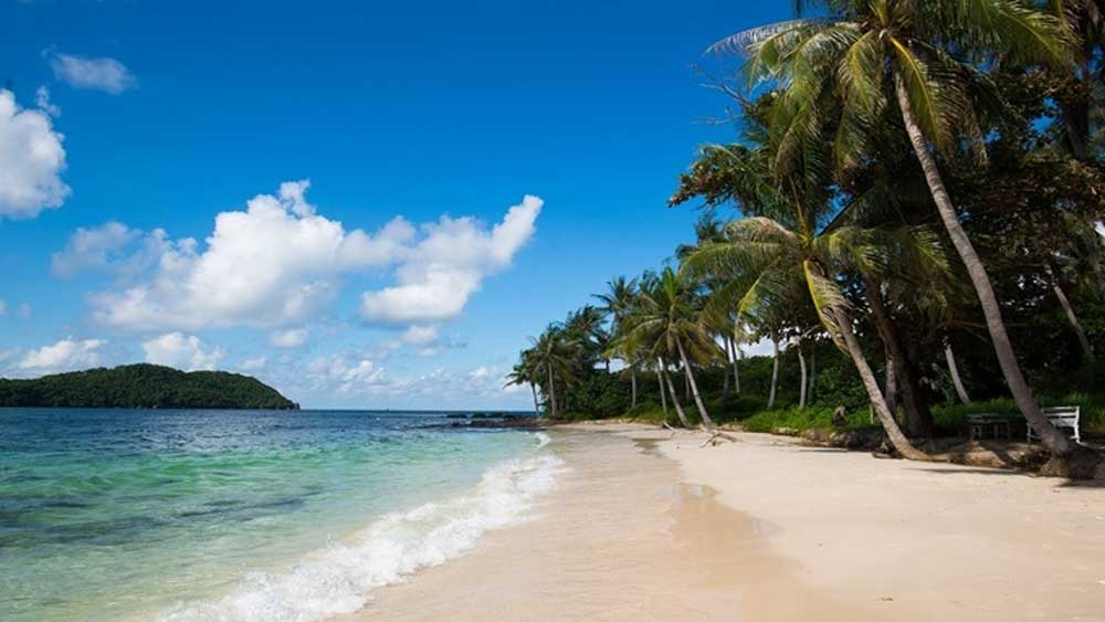Vietnam's largest island, Phu Quoc island, foreign tourists, trial basis,  international tourism, Tougher measures, outbreak of Covid-19