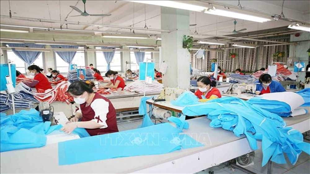 VN firms, export of medical supplies, global demand, medical protective equipment, Vietnamese companies, demand and quality standards, Covid-19 pandemic