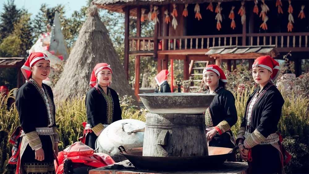 Northwest provinces, tourism stimulus programme, Vietnam Tourism Association,  travel enterprises,  nature and culture, domestic tourism