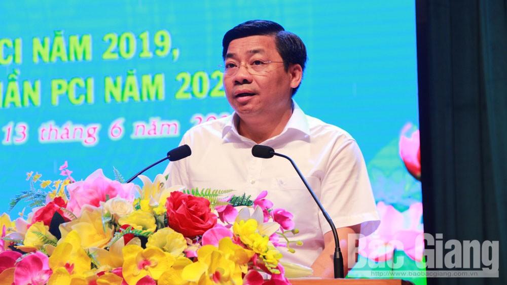 Chủ tịch UBND tỉnh Bắc Giang Dương Văn Thái phát biểu khai mạc hội nghị.