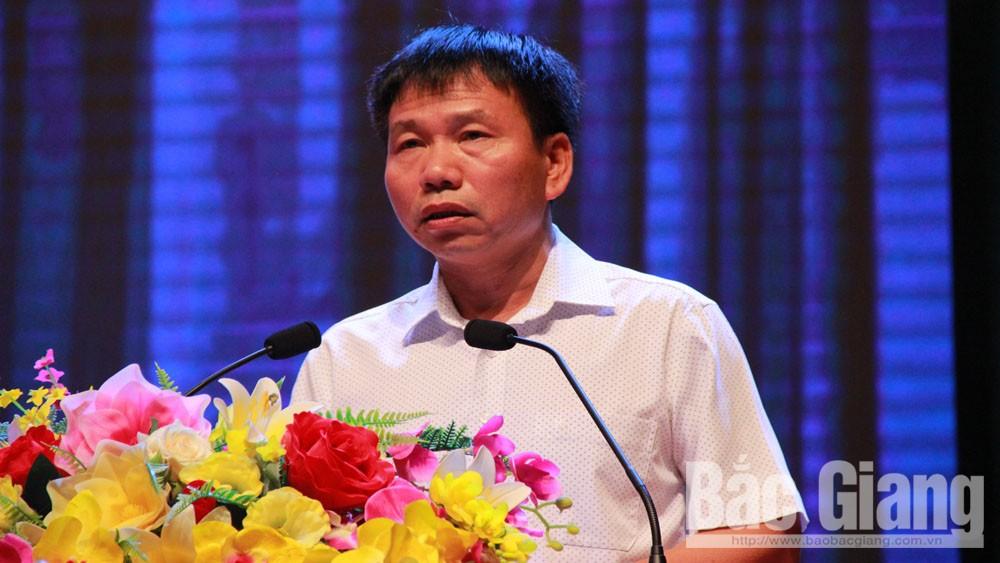 Phó Giám đốc phụ trách Sở Kế hoạch và Đầu tư tỉnh Bắc GiangNguyễn Cường<br />             báo cáo nhanh kết quả xếp hạng PCI của tỉnh năm 2019.