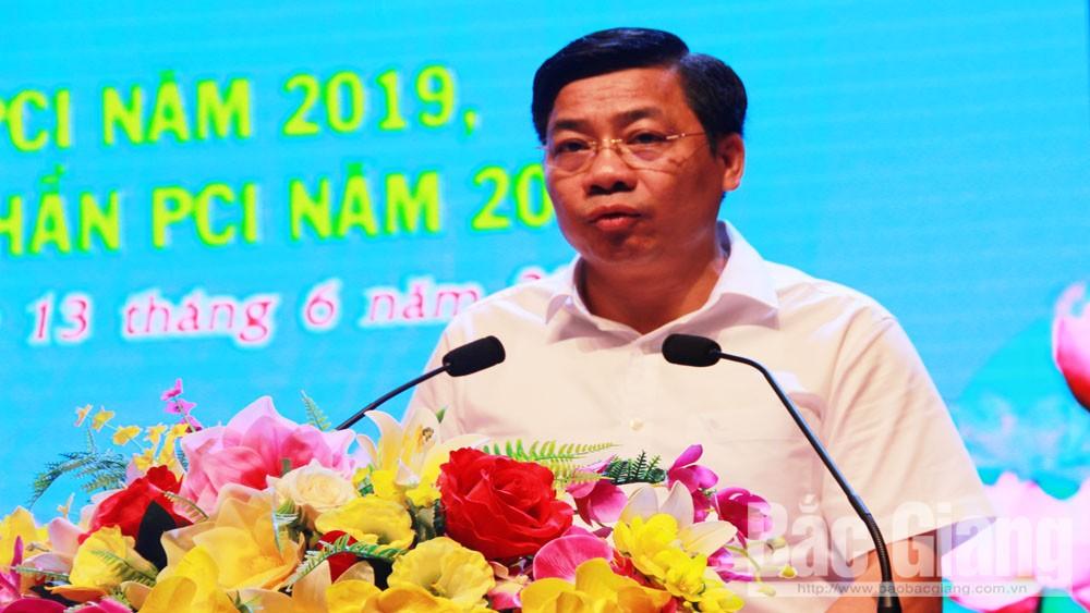 Chủ tịch UBND tỉnh Bắc Giang Dương Văn Thái phát biểu chỉ đạo tại hội nghị.