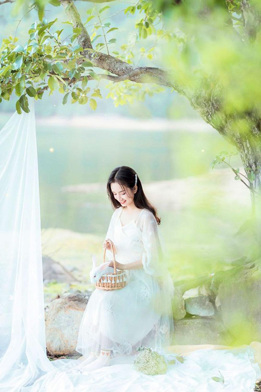Nhã Phương, nữ sinh xinh đẹp, dân mạng