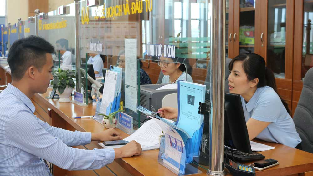Bac Giang province, improve PCI, component indicators, provincial competitiveness index, business registration, action in performing duties, PCI index