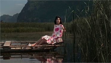 Váy áo mùa hè bay bổng giữa Ninh Bình