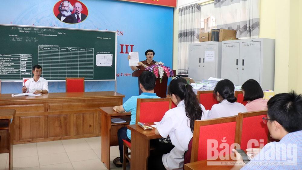 Để tránh sai sót, nhiều trường mẫu hóa phiếu đăng ký dự thi tốt nghiệp THPT cho học sinh