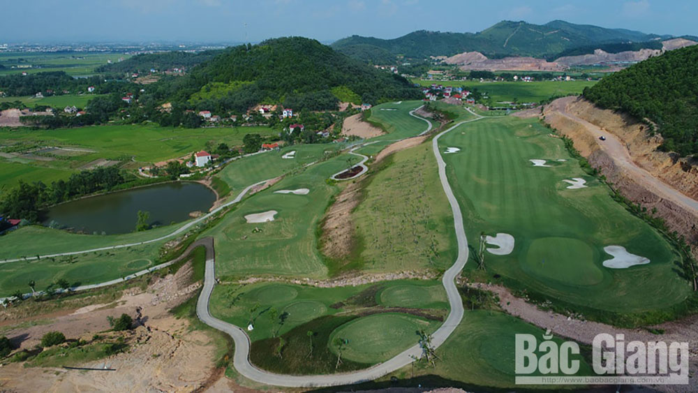 Government, investment policy, two golf courses, Bac Giang province, project investor, total invested capital, 36 hole international golf course, high quality tourism