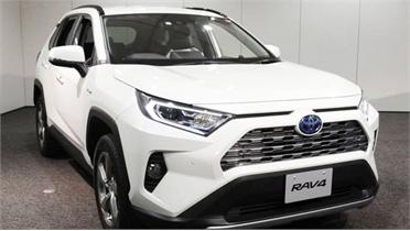 Suzuki sẽ bán xe do Toyota sản xuất
