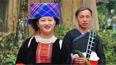Một ngày khám phá bản người Mông