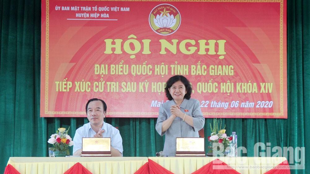Đại biểu Quốc hội tiếp xúc cử tri huyện Hiệp Hòa sau kỳ họp thứ 9, Quốc hội khóa XIV