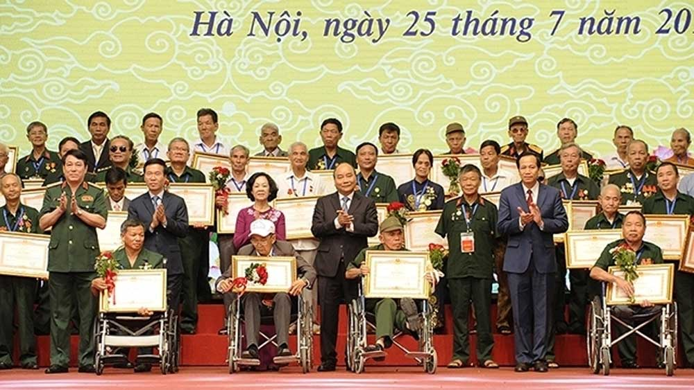 Programme, Vietnamese heroic mothers, major activities, Wounded and Fallen Soldiers' Day, national contributors, exceptional efforts