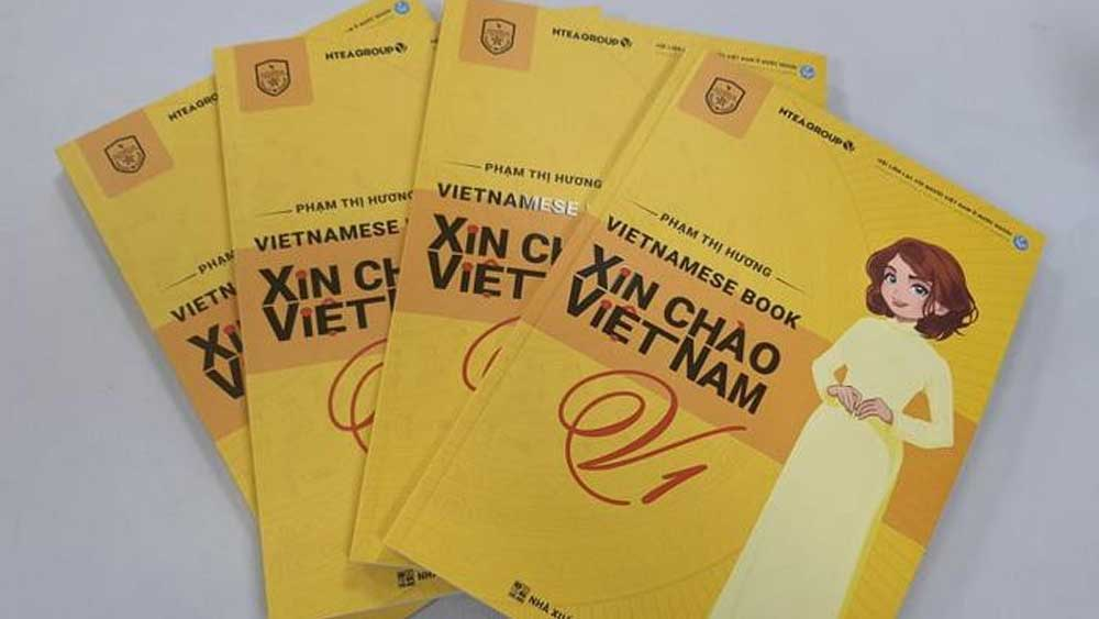 "Vietnamese language learning book, ""Xin Chao Viet Nam"" launched"