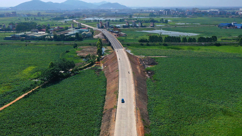 Belt road worth trillions VND links Hanoi to Bac Giang
