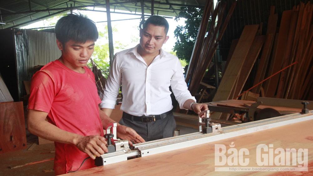 Nguyễn Văn Thành: Người thợ mộc tài hoa