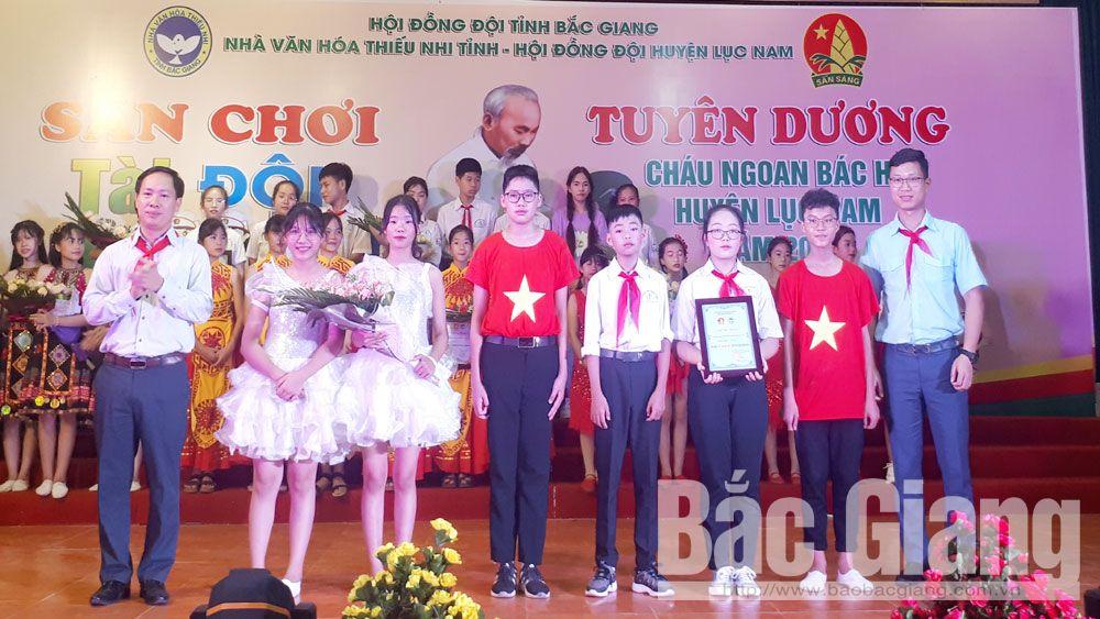 Lục Nam: 130 đội viên được tuyên dương cháu ngoan Bác Hồ