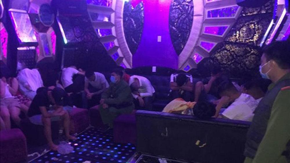 Hàng chục đối tượng sử dụng ma túy trong quán karaoke