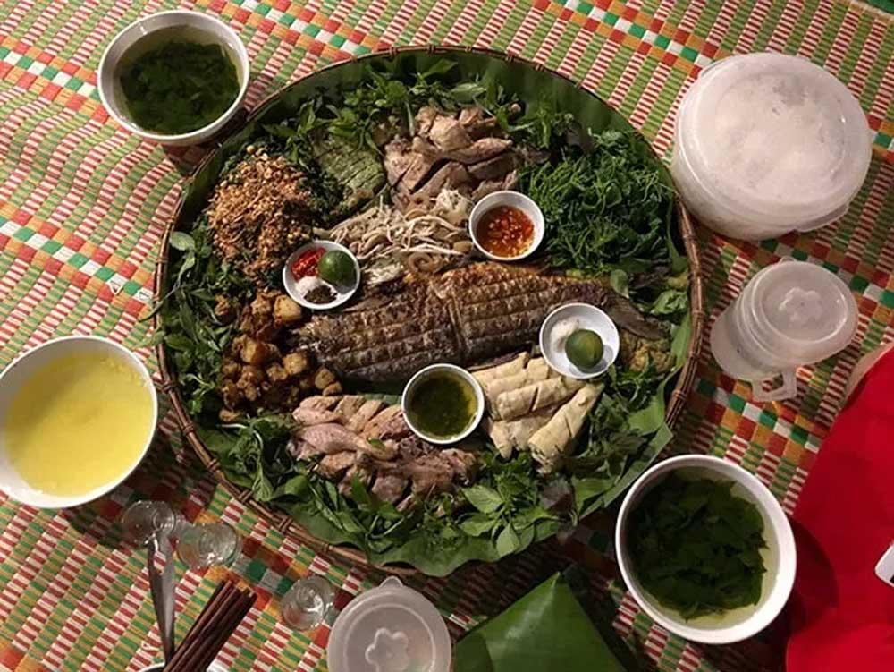 Độc đáo, món ăn, vùng cao Lâm Bình, ẩm thực, sản vật rừng núi, mâm cỗ Tày, du lịch cộng đồng, homestay