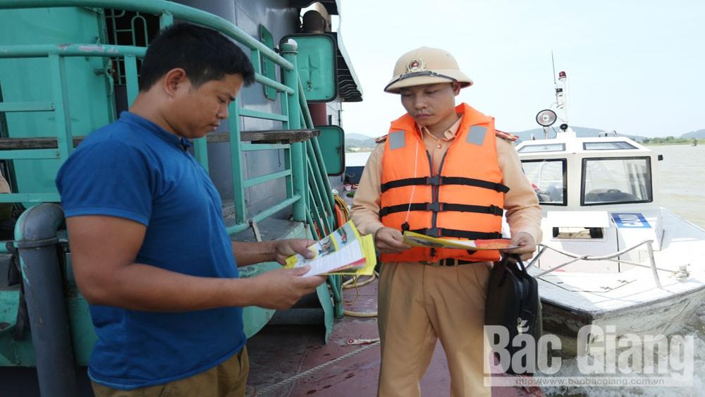 Phòng ngừa tai nạn giao thông đường thủy