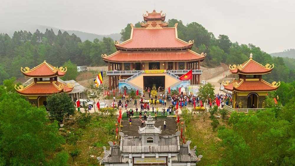 Yen Dung creates highlight in cultural-spiritual tourism development
