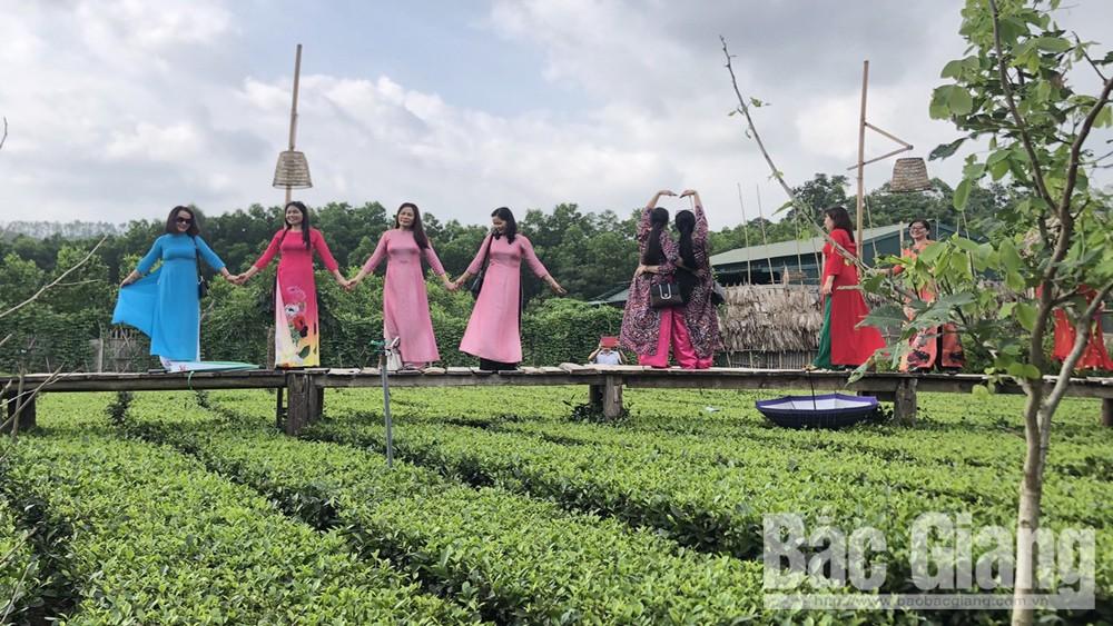 Bắc Giang: Khách du lịch cộng đồng tăng