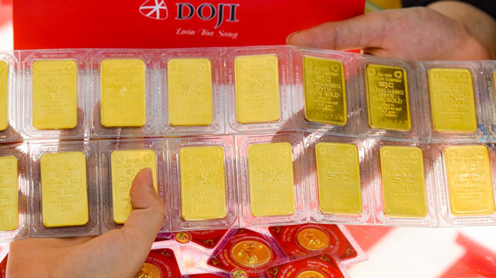 Giá vàng SJC lên 49,5 triệu đồng
