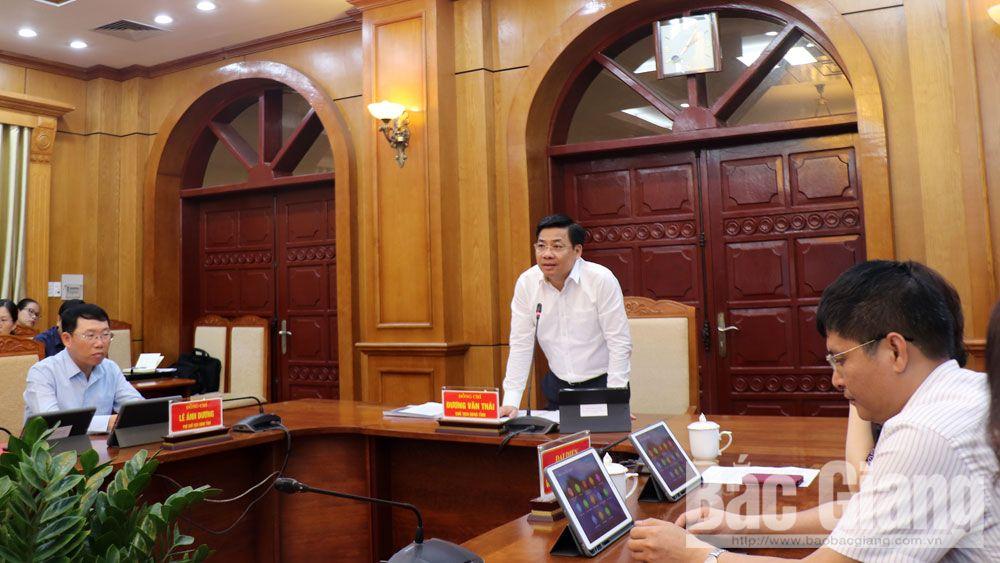 Chủ tịch UBND tỉnh Dương Văn Thái làm việc với Công ty cổ phần Tiến bộ Quốc tế về xây dựng thành phố thông minh