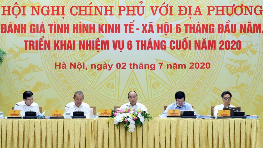 Thủ tướng Nguyễn Xuân Phúc: Phải tìm giải pháp đạt mục tiêu tăng trưởng cao nhất