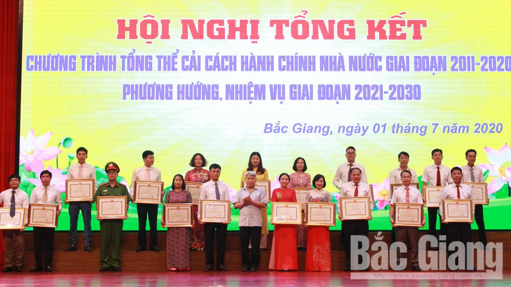 Bac Giang province, professional and modern administration, create motivation, socio-economic development, information technologybusiness-investment environment, positive changes