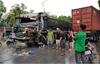 Bắc Giang: Va chạm giao thông, tài xế xe tải bị mắc kẹt trong cabin