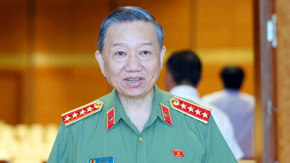 Bộ trưởng Công an Tô Lâm, mỗi ngày 325 vụ án hình sự, tăng cường trấn áp tội phạm ma tuý