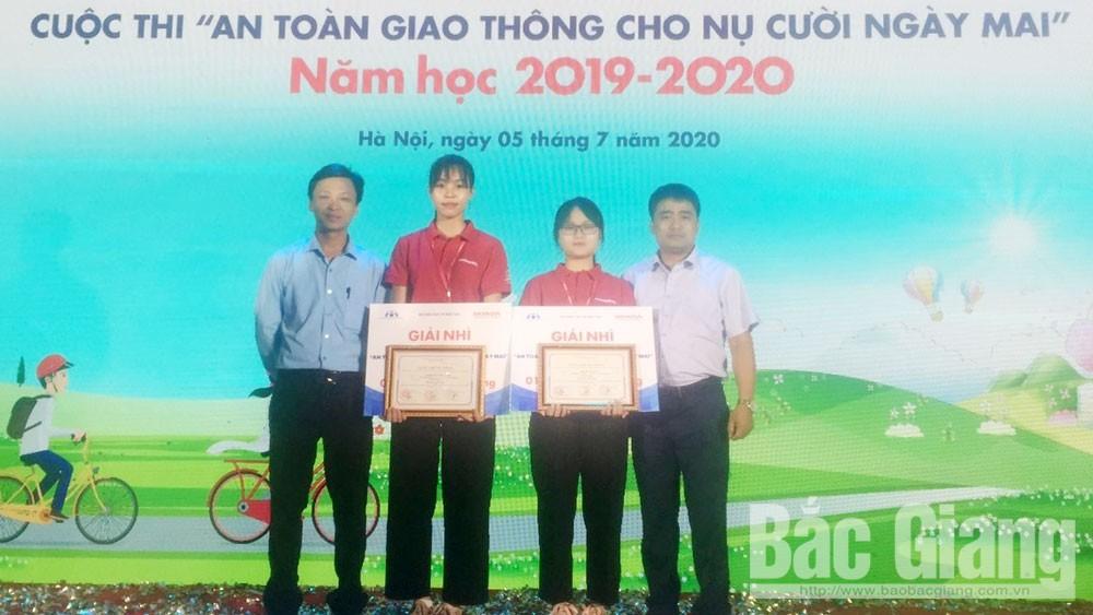 """176 giáo viên, học sinh đoạt giải cuộc thi """"An toàn giao thông cho nụ cười ngày mai"""" cấp quốc gia"""