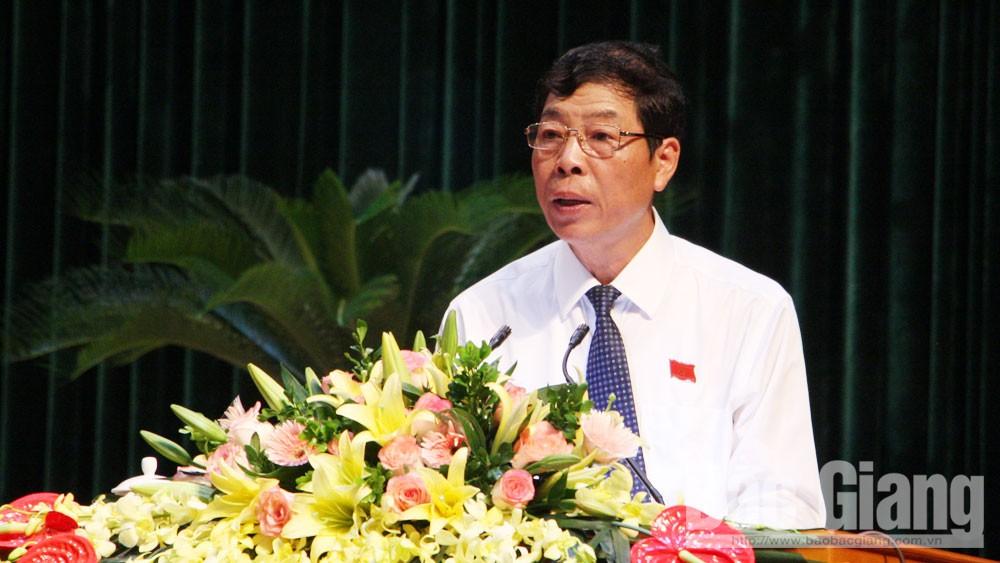 Bí thư Tỉnh ủy, Chủ tịch HĐND tỉnh Bùi Văn Hải: Phát huy trí tuệ, tập trung thảo luận các giải pháp phát triển KT-XH