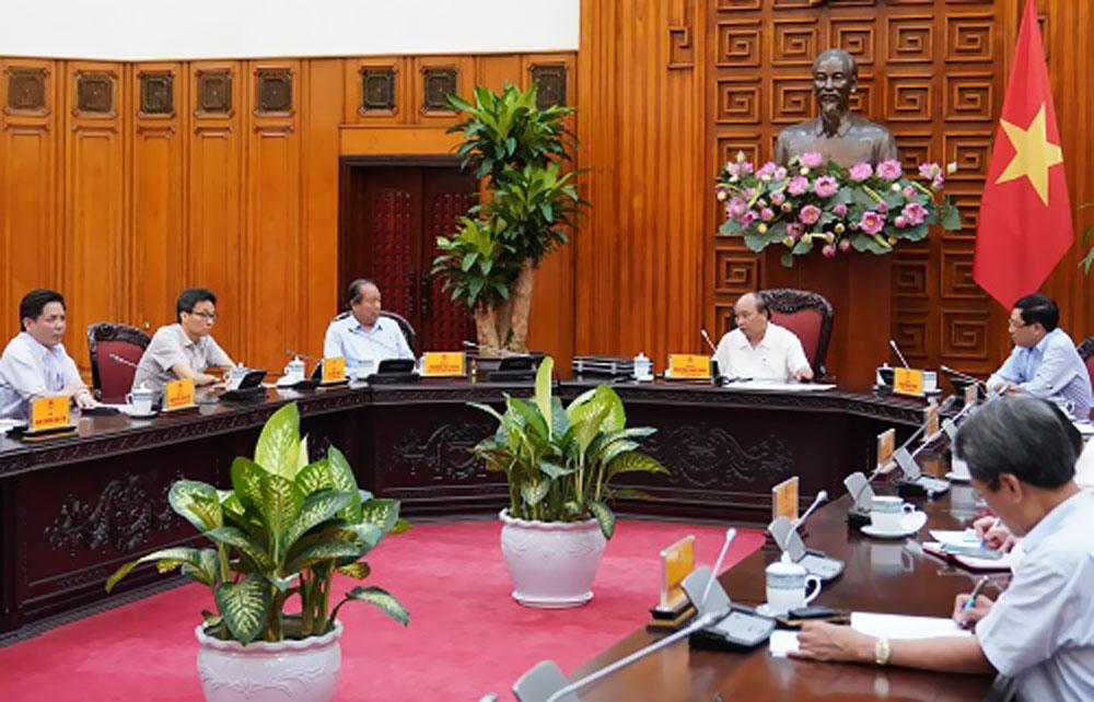 Thủ tướng, chính phủ, Thủ tướng Nguyễn Xuân Phúc, Thường trực Chính phủ, dự án cao tốc Bắc-Nam, Nghị quyết của Quốc hội