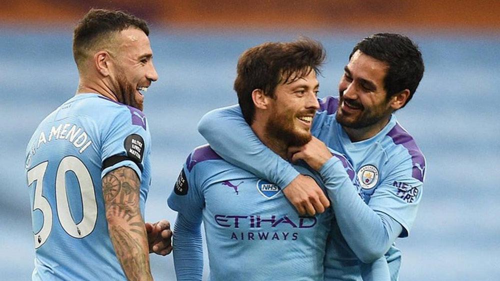 Man City trút giận lên Newcastle